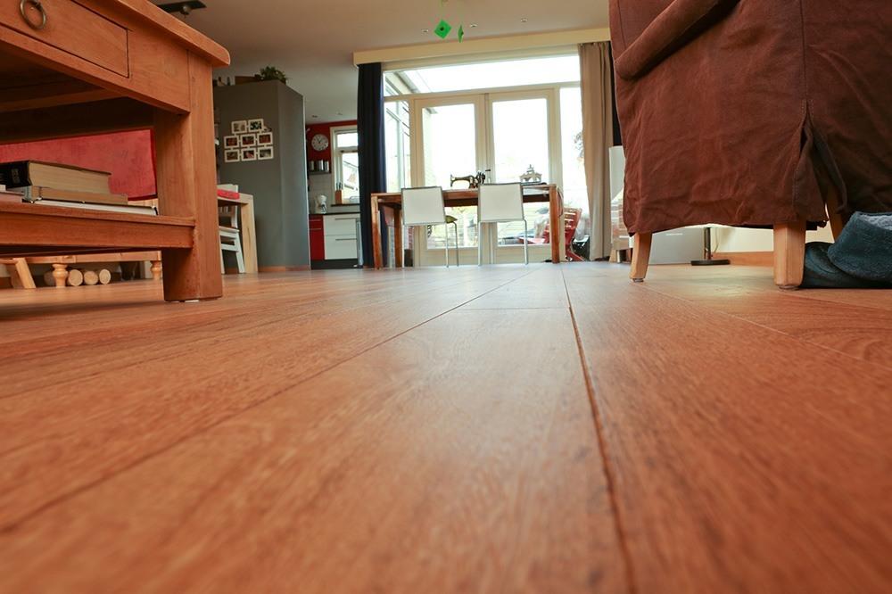 Close-up van de Sapupira houten vloer