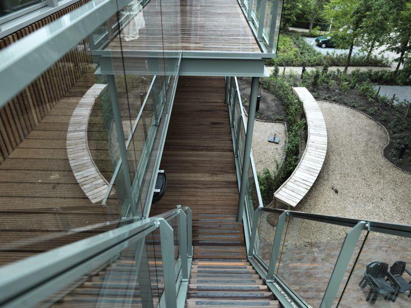 Het traphuis gemaakt met Guariba hardhout