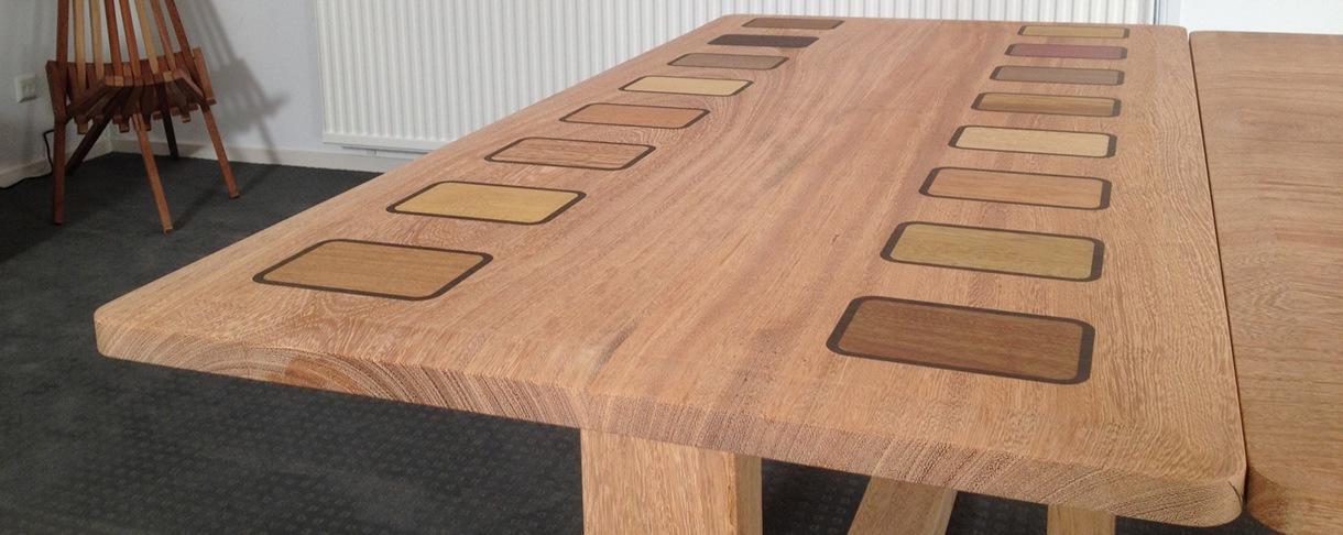 Sapupira Tisch