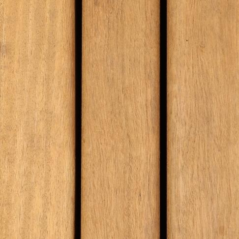 Louro itauba hardwood used for Cladding and decking